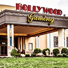 Hollywood Gaming exterior