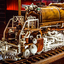 Warther Museum Big Boy carved train